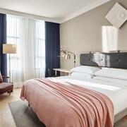 11 霍華德飯店