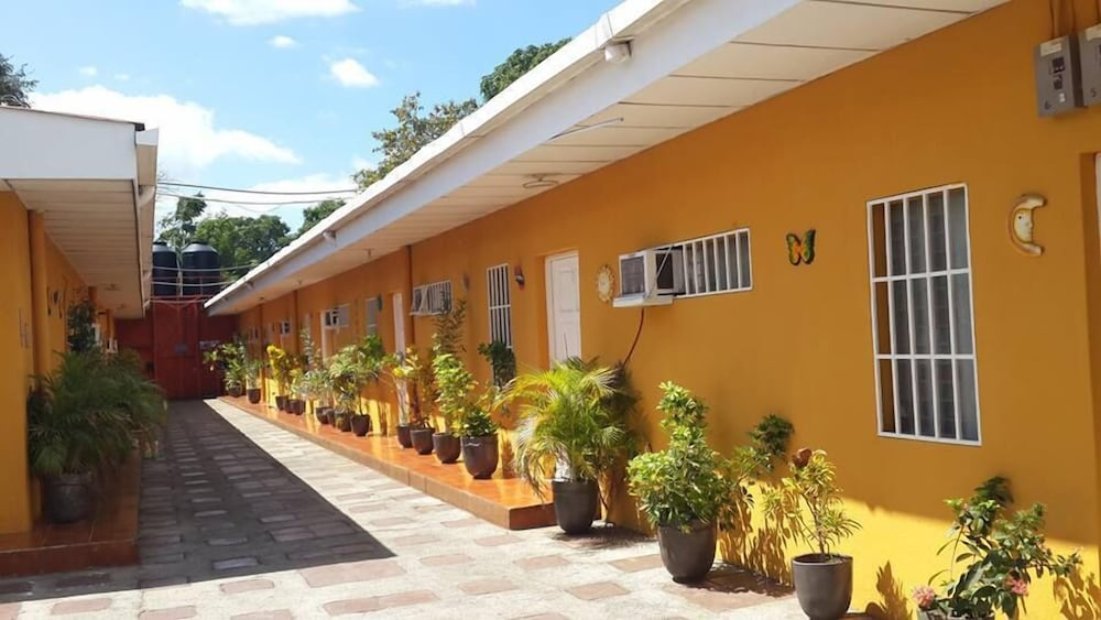Apartamentos Los Angeles Managua