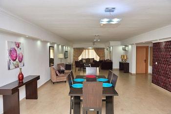Amara Suites Caterers Court