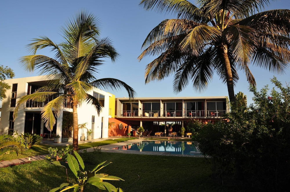 Leo's Beach Hotel & Restaurant - Adults Only
