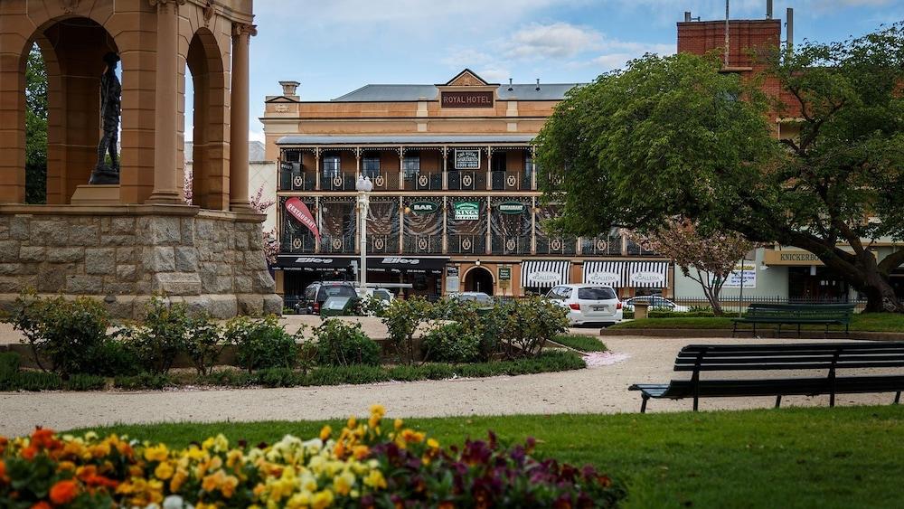 Bathurst Royal Apartments