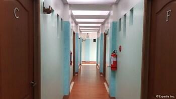 Julieta's Pension House Puerto Princesa Hallway
