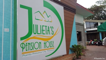 Julieta's Pension House Puerto Princesa Exterior