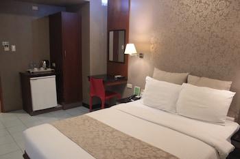 PGHI Hotel Quezon City Guestroom