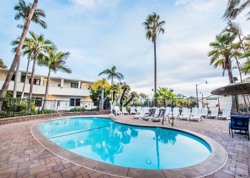 Laguna Beach Lodge