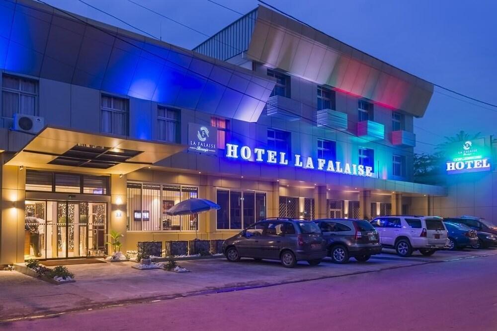 Hôtel La Falaise Bonanjo