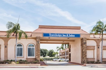 Travelodge Inn & Suites by Wyndham Bell Los Angeles Area in Bell, California