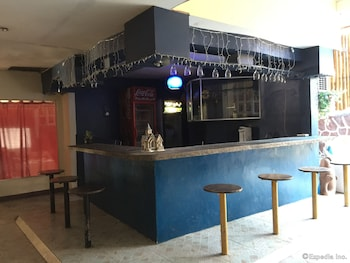 Casa Reyfrancis Bohol Hotel Bar