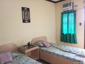 Casa Reyfrancis Bohol Guestroom View