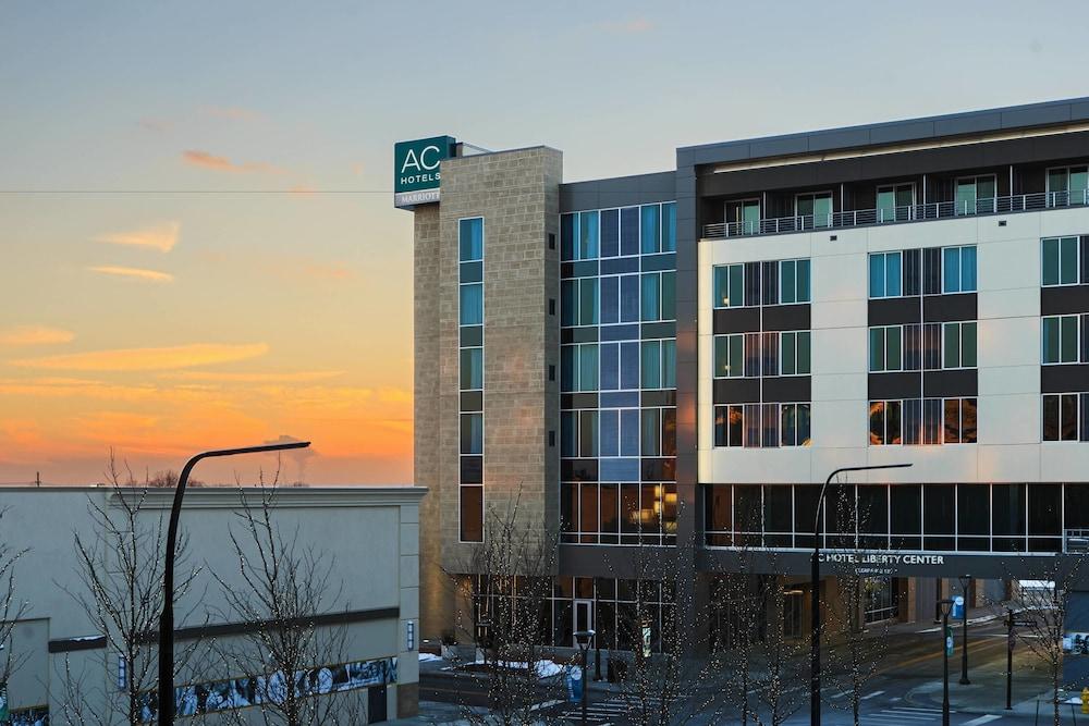 AC Hotel by Marriott Cincinnati at Liberty Center