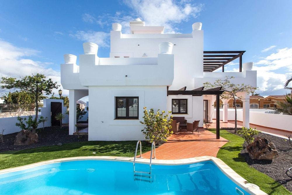 Villas Oliva
