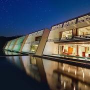 蘇美島水濱別墅飯店