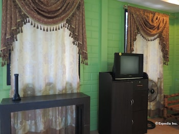 Alexis Cliff Dive Resort Bohol In-Room Amenity