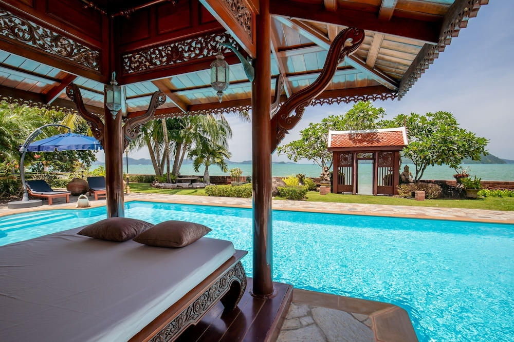 Royal Thai Villas Phuket