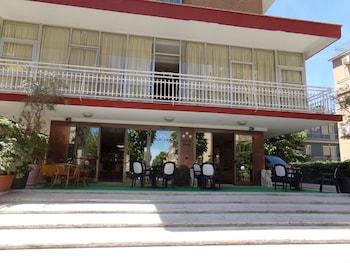 納沃納飯店