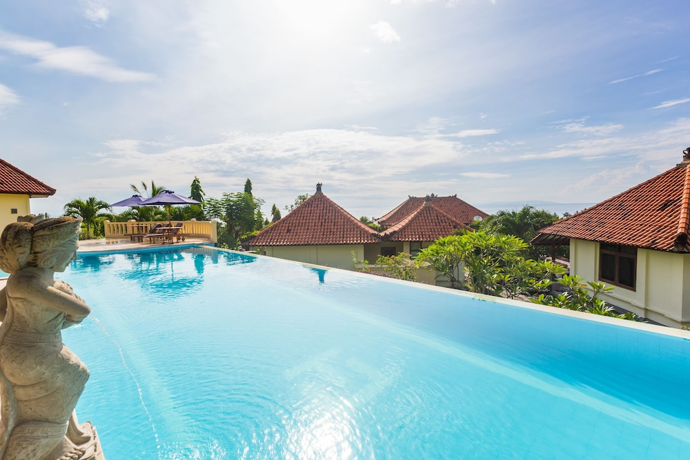 Taman Ujung Resort & Spa