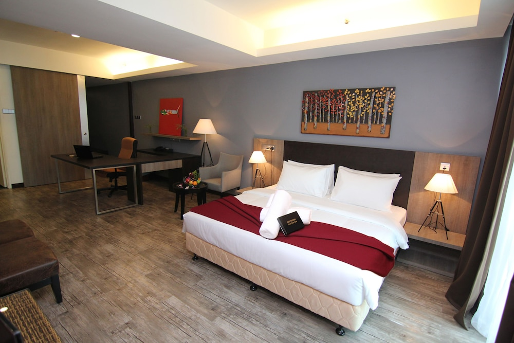 Nexus Business Suite Hotel