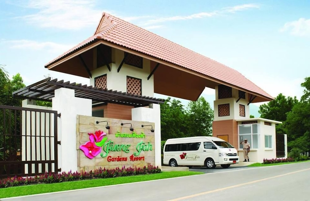 Fuengfah Riverside Garden Resort