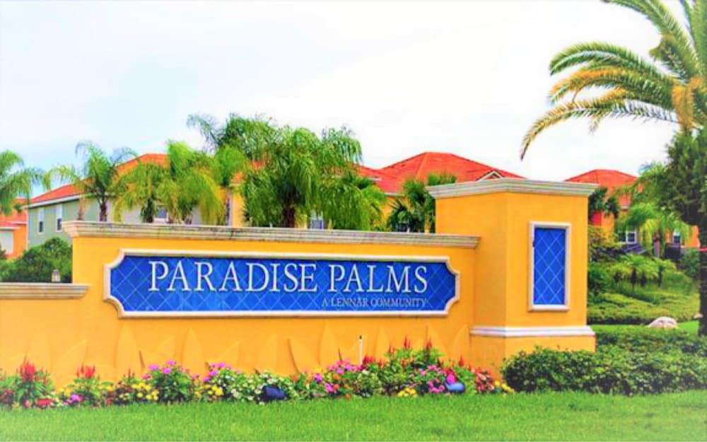 Paradise Palms by Blue Ribbon Management