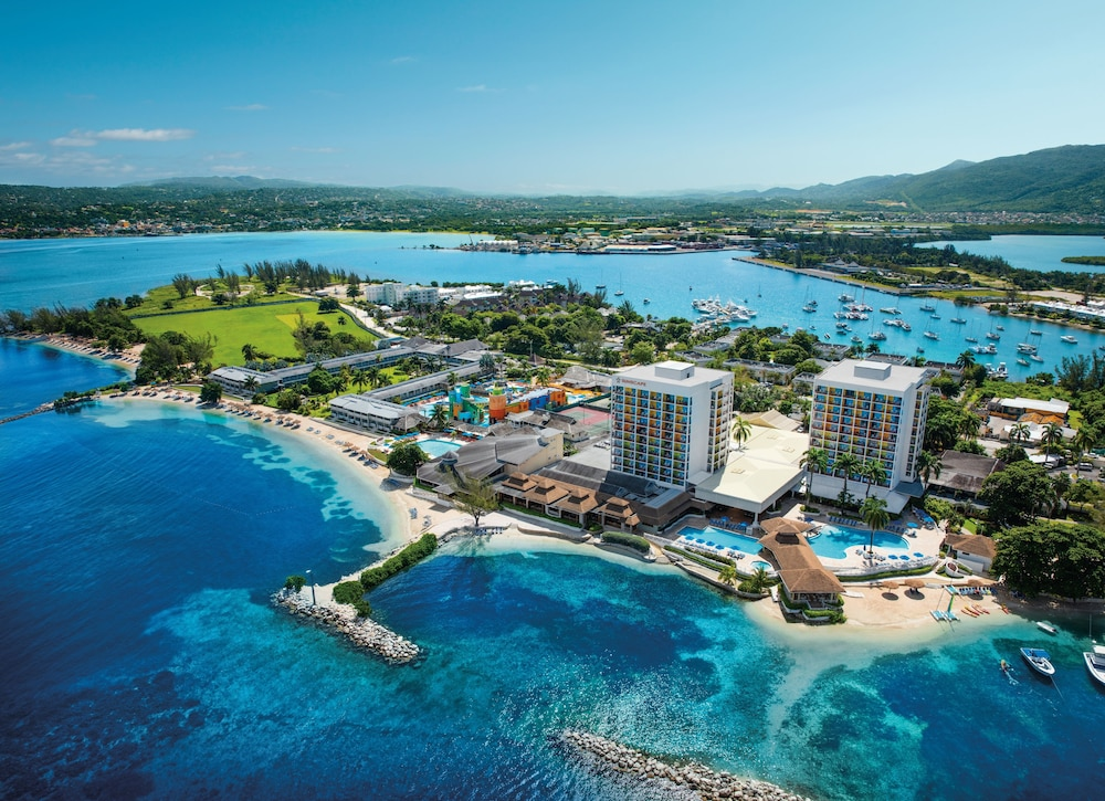 Sunscape Splash Montego Bay – All Inclusive