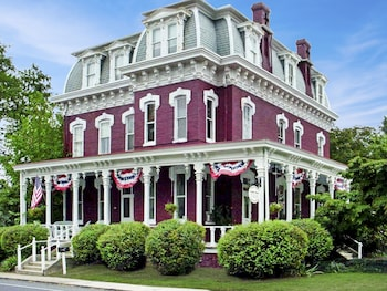 Lovelace Manor Bed & Breakfast in Lancaster, Pennsylvania