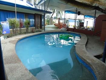 Blue Rock Beach Resort Zambales Pool