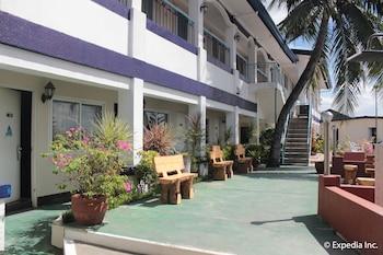 Blue Rock Beach Resort Zambales Property Grounds