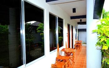 Micky Santoro Hotel & Restaurant Cebu Terrace/Patio