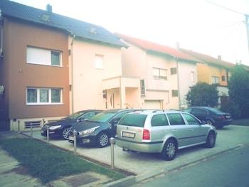 Biser Dunava - Parking  - #0
