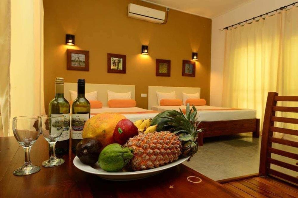 Nil Diya Mankada Safari Lodge