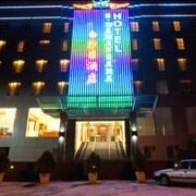 斯里白沙羅飯店