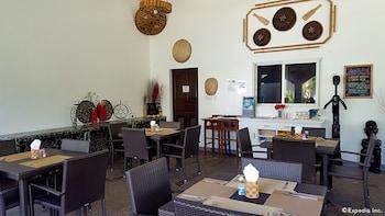 White Chocolate Hills Resort Dumaguete Restaurant
