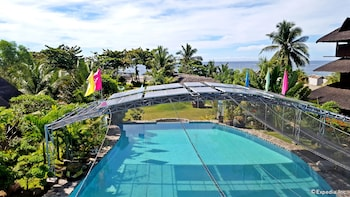 WHITE CHOCOLATE HILLS RESORT