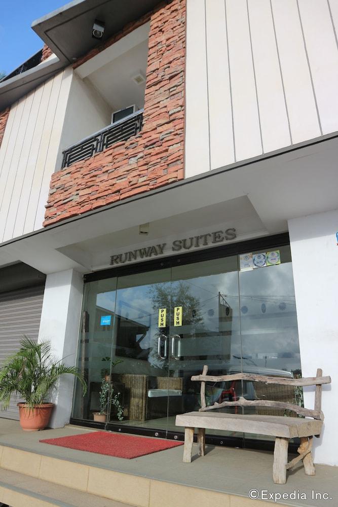 Runway Suites