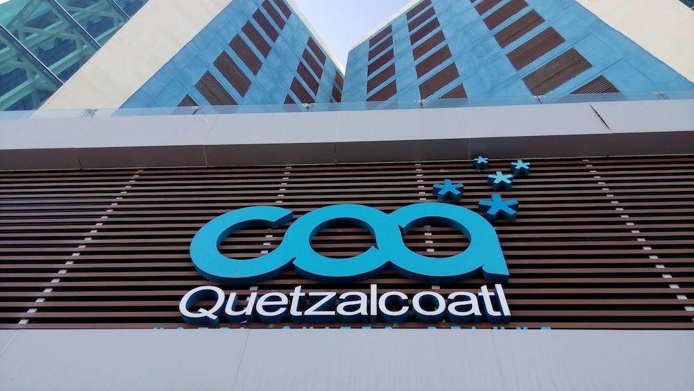 Quetzalcoatl Hotel & Suites Deluxe