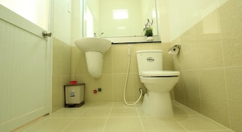 Duy Toan Guest House - Bathroom  - #0
