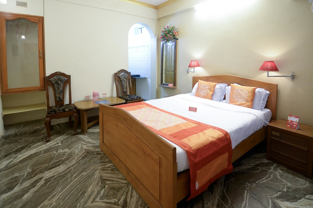 OYO 2074 StayOut Hotel Aston Ajoy Home Comfort