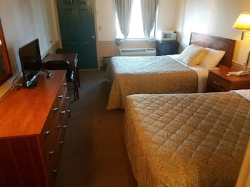 Traveler's Choice Motel in Bay St Louis, Mississippi
