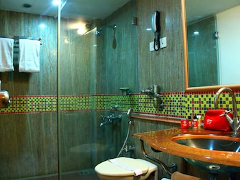 OYO 911 Begumpet - Bathroom  - #0