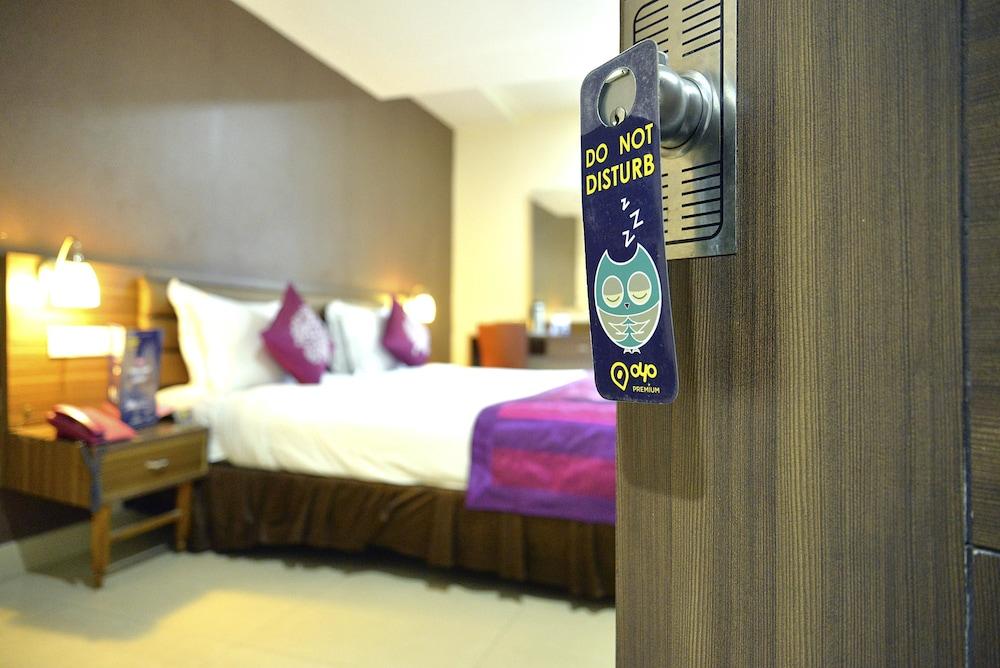 OYO 1744 Hotel Swagath Grand
