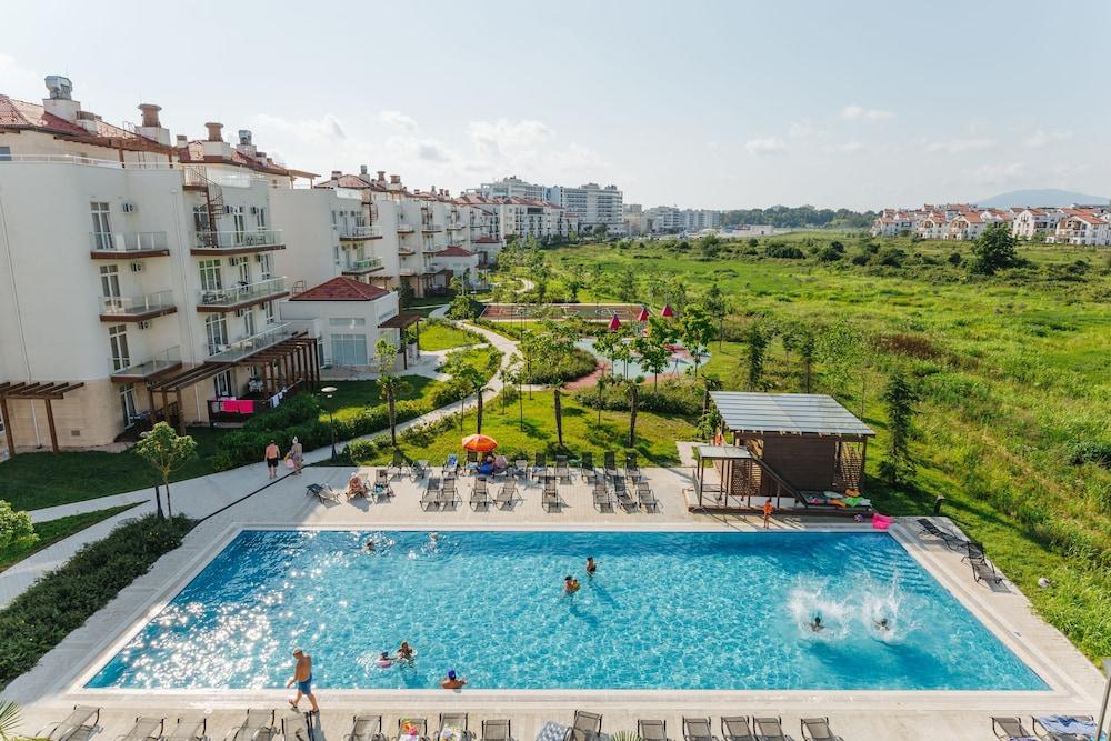 Apart-hotel Imeretinskiy - Green Acres complex