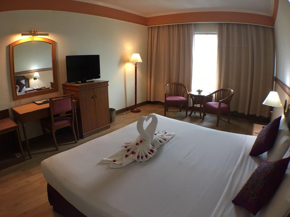 Sakura Grand View Hotel Hat Yai