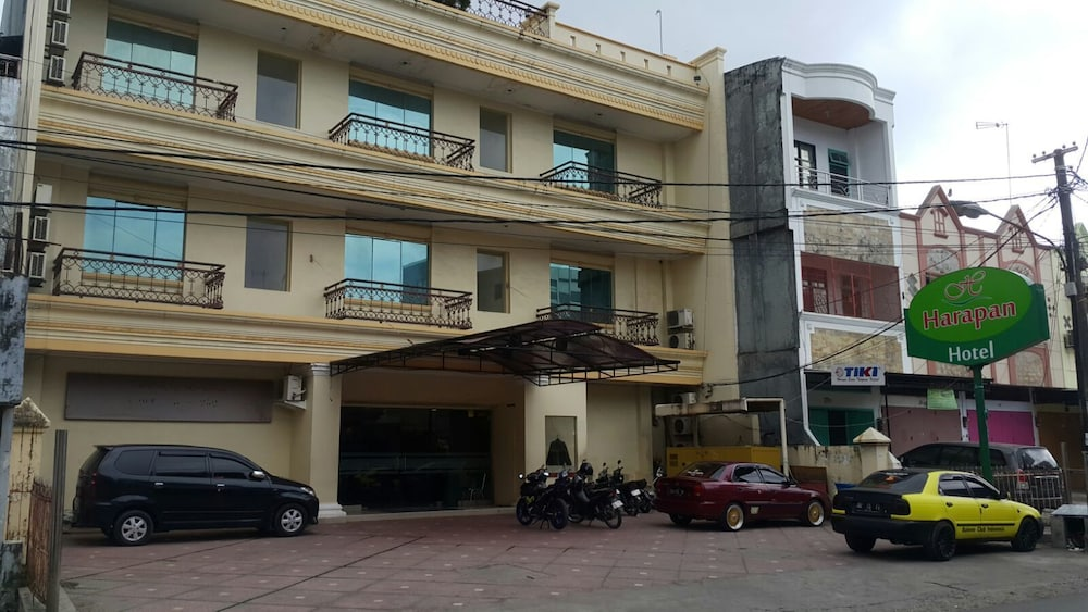 Hotel Harapan