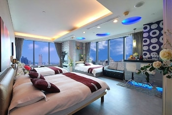 Photo for 85 Cape Suites in Kaohsiung