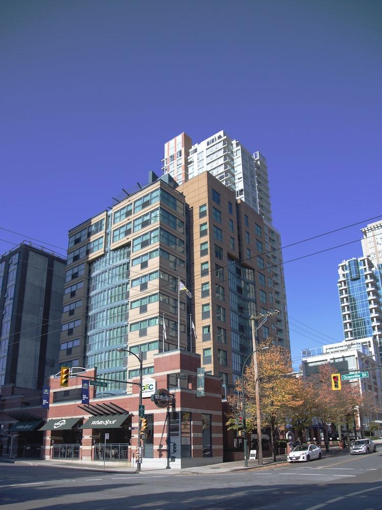 GEC Granville Suites Downtown