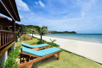 Photo for PingChan Beachfront Resort in Koh Phangan