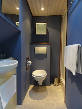 Serenity Barge - Bathroom  - #0