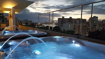 The Wave Hotel at Condado