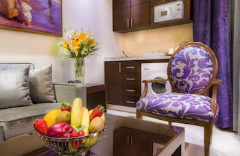 Nadine boutique suites - In-Room Kitchenette  - #0