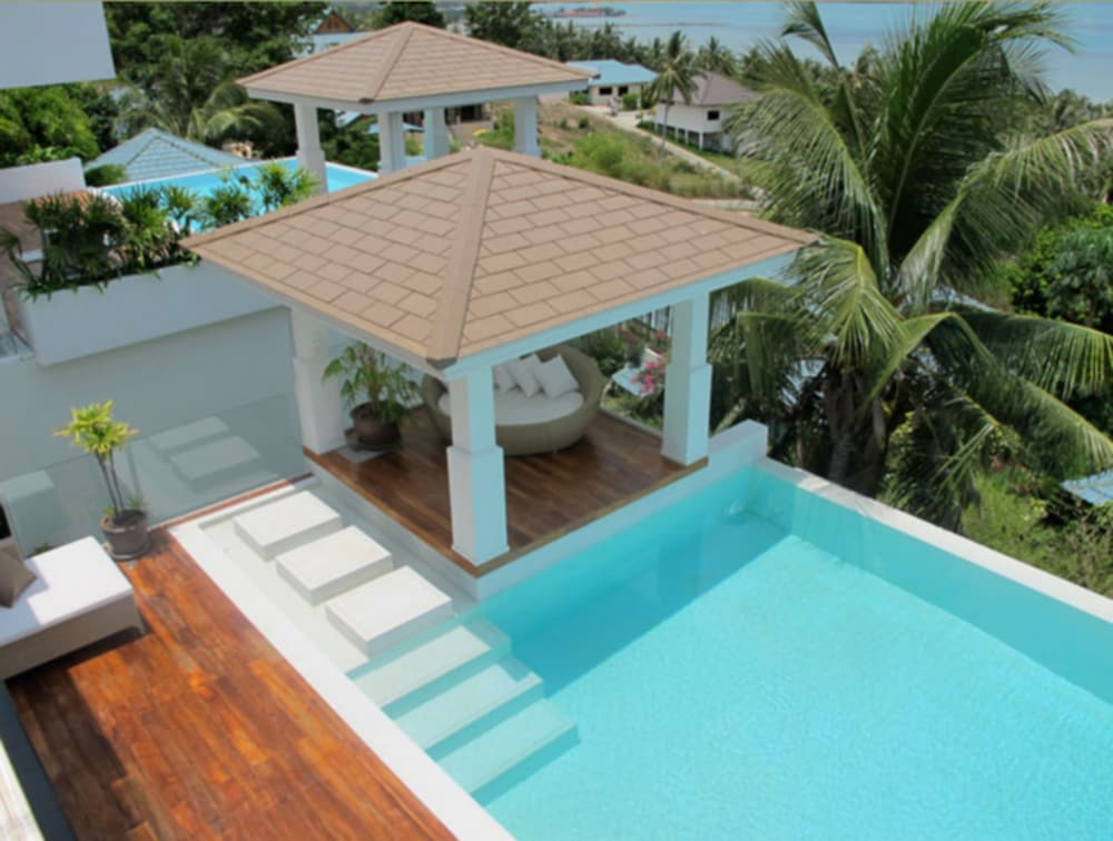 3 Bedroom Sea View Villa Sea Shore
